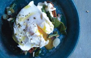 poached eggs with ramps